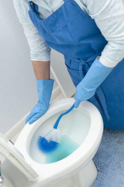 så rengör du badrum lätt